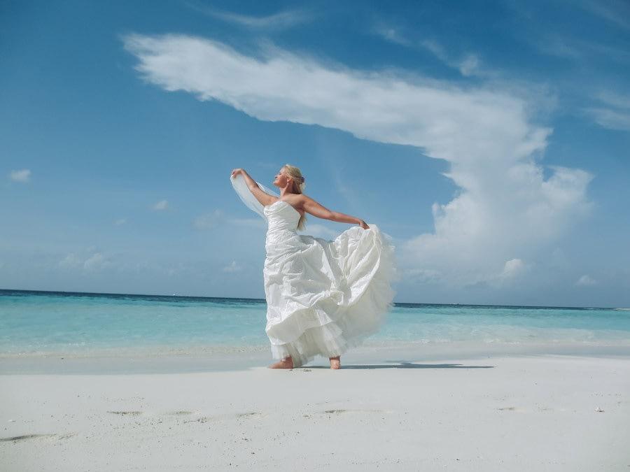 Malediven Destination Wedding - Braut - Hochzeitsreportage - Hochzeitsfotograf Berlin Potsdam Brandenburg